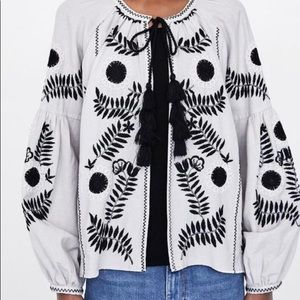 Zara tan and black embroidered light weight jacket
